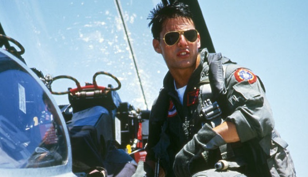 tom cruise em cena do filme top gun
